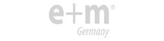 e+m Holz イープラスエムホルツ ロゴ